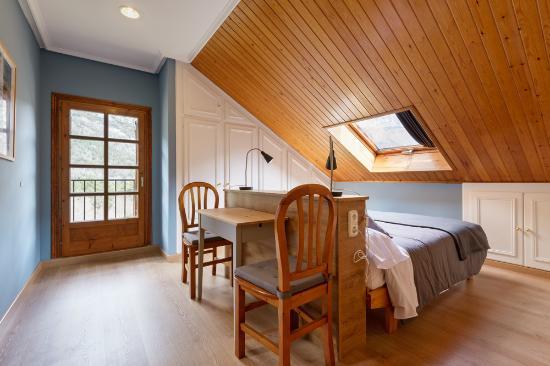 Hotel-Apartamentos de Montana Uson: Suite doble
