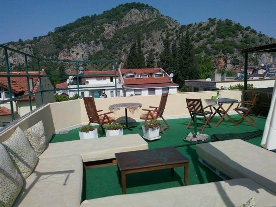 Caretta Caretta Hotel: Terrace