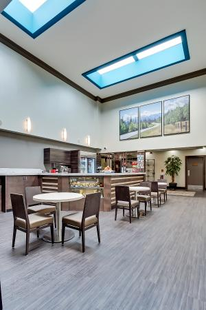 Best Western Plus Port O'Call Hotel: Coffee Bar
