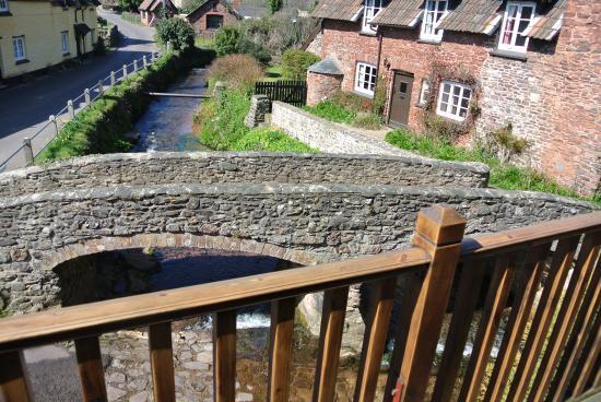 The Pack Horse: Bridge View balcony