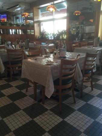 Photo of Italian Restaurant Donato's Italian Restaurant & Pizza at 5022 39th Ave, Woodside, NY 11377, United States