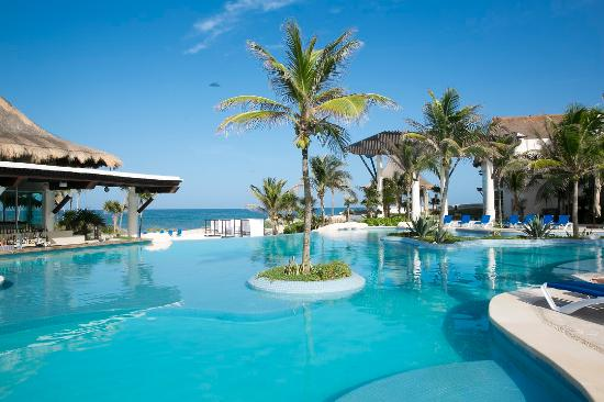Kore Tulum Retreat and Spa Resort: Pool