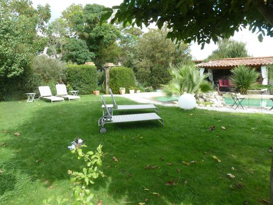 Villenouvelle, Франция: espace piscine