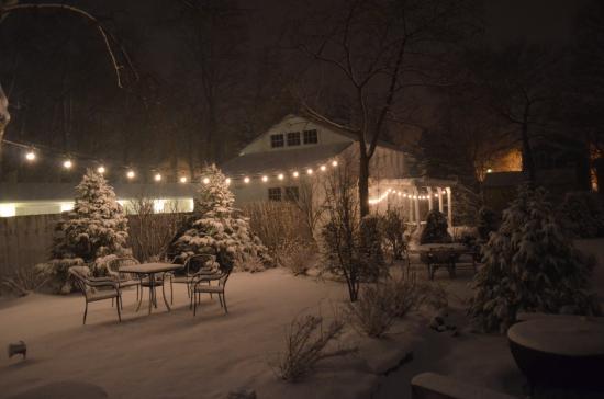 Benjamin Porter House : Night view