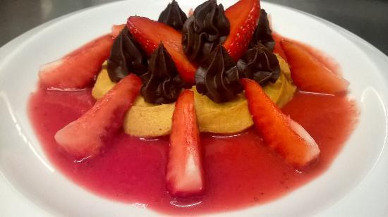 Moutiers, Francia: Tartelette fraises et Ganache Chocolat
