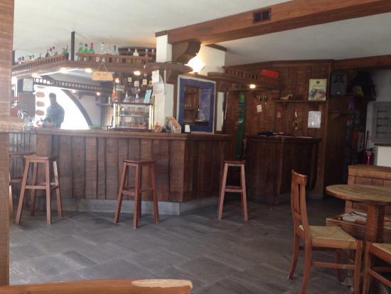 Grivola d 39 inverno foto di bar grivola cogne tripadvisor for Bar maison torino