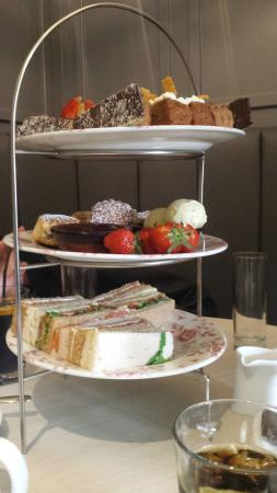 Browns Lane Bar and Restaurant: Where did the sandwiches go? (We ate them) 😀😱