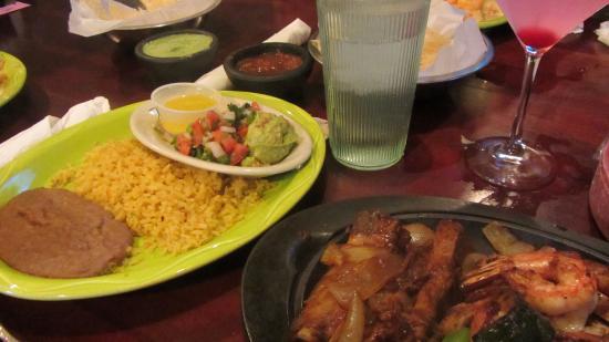 Baytown, Teksas: Iguana Joe's