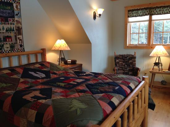 Port Wing, WI: Woodland Room