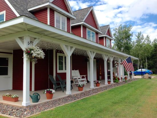 Port Wing, WI: Front Porch
