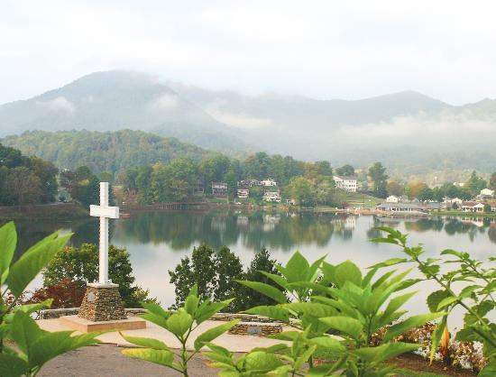 Lake Junaluska Conference and Retreat Center: Enjoy the lake at Lake Junaluska.