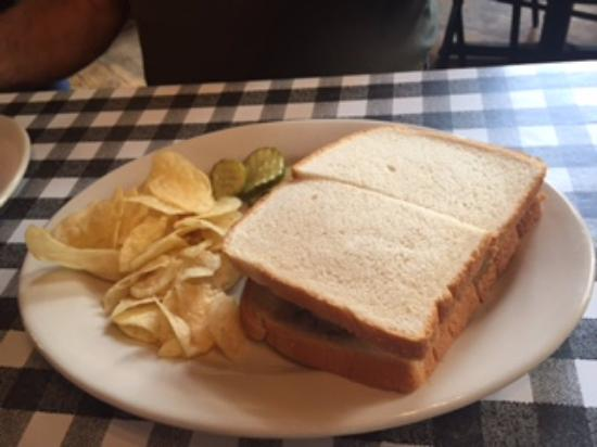 Jasper, GA: Meat Loaf Sandwich - Just like Mama use to make!