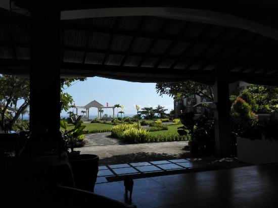 Tandag, Filippinene: Gazeebo facing the ocean.