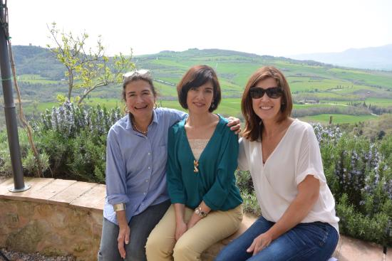 Siena, Italia: At the cheese farm overlooking the pilgrim tail of Val d'Orcia