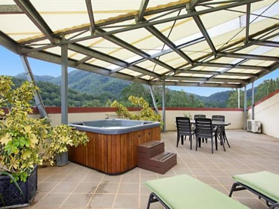 A View of Mt Warning Bed & Breakfast: Roof top terrace