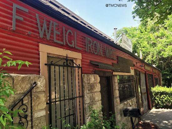 Iron Works: IRONWORKS BARBECUE, Austin