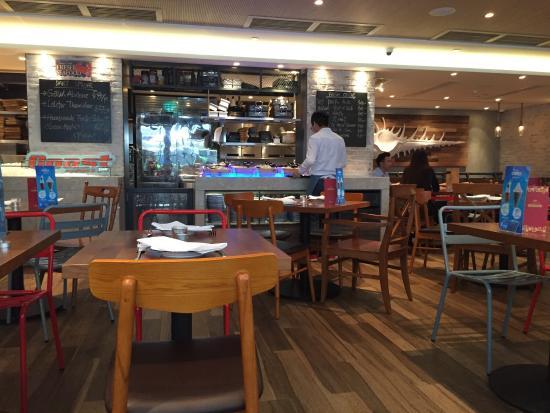 Hotel in HONG KONG - Novotel Hong Kong Citygate