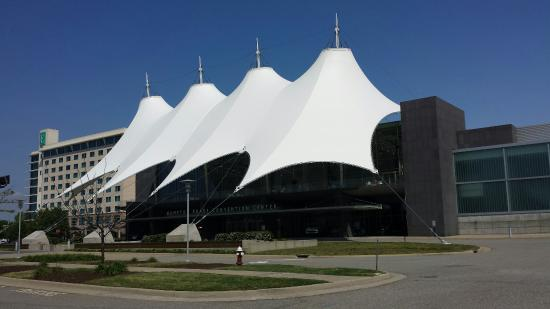 ‪Hampton Roads Convention Center‬