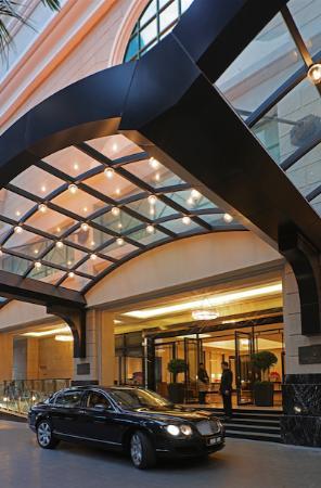 The Ritz-Carlton, Kuala Lumpur: Hotel Exterior