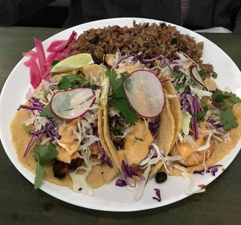 McMinnville, OR: 3 taco plate