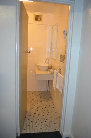 Raymond Terrace, Avustralya: vanity area