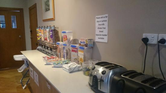 Raymond Terrace, Avustralya: Great continental breakfast choices