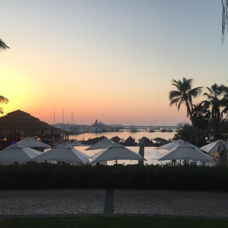 Zdjęcie Le Meridien Mina Seyahi Beach Resort and Marina