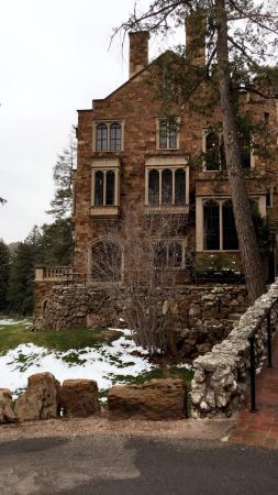 Glen Eyrie Castle: photo2.jpg