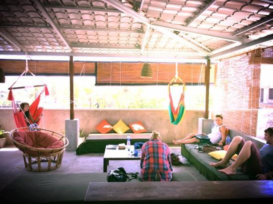 Colombo Beach Hostel: Rooftop lounge area