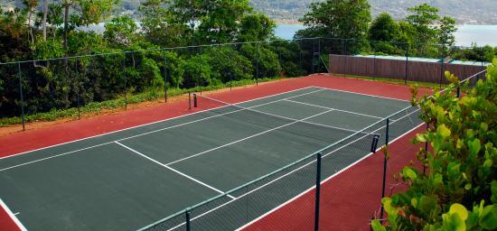 Cerf Island, Seychelles: Tennis Court