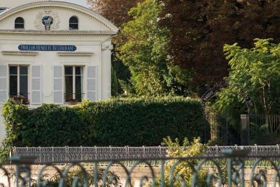 Photo of Pavillon Henri IV St-Germain-en-Laye