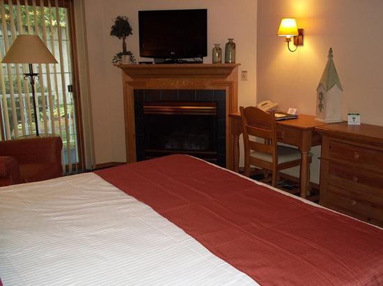Homestead Suites: Cherry