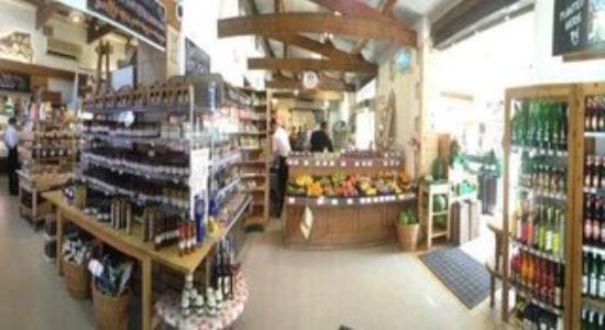 Farrington Gurney, UK: Farm Shop Produce