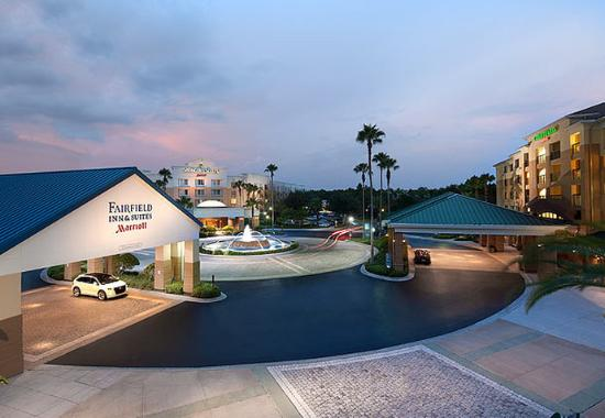 Fairfield Inn & Suites Orlando Lake Buena Vista in the Marriott Village: Marriott Village Hotels