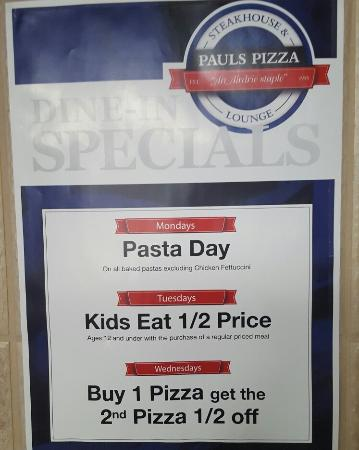 Airdrie, Canada: Pauls Pizza Steakhouse & Lounge