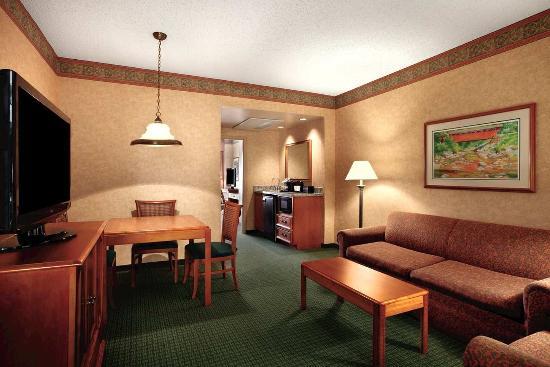ชาร์ลสตัน, เวสต์เวอร์จิเนีย: Suite Parlor