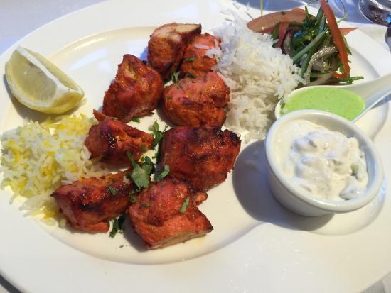 Saffron Contemporary Indian Cuisine : Chicken Tikka with yoghurt salad