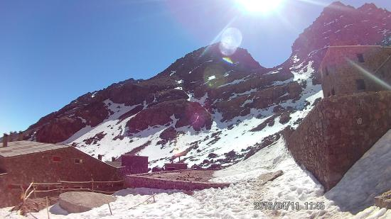 Imlil, Fas: Taken in the high Atlas (3200m) with a wide-ange action camera.