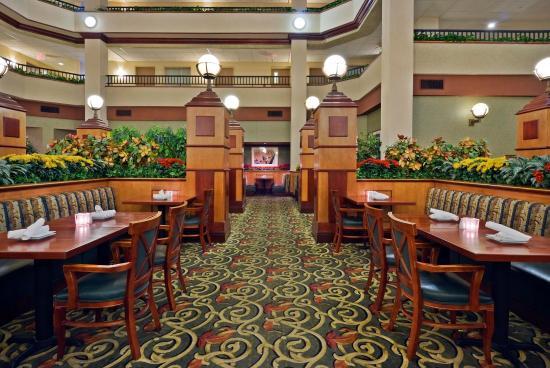 Embassy Suites by Hilton Lexington: The Paddock Grille