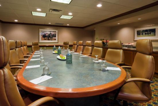 Embassy Suites by Hilton Lexington: Boardroom