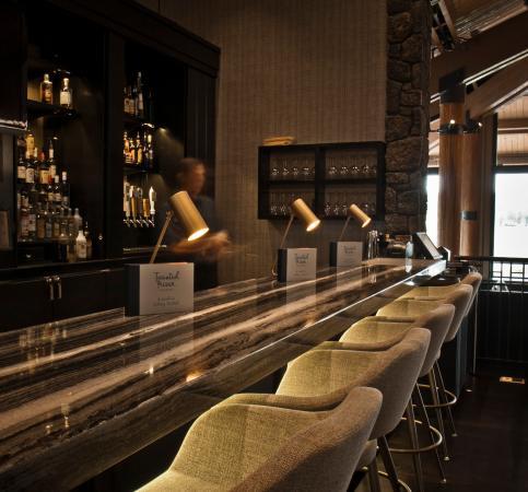 Sunriver Resort_Dining_Twister River Tavern