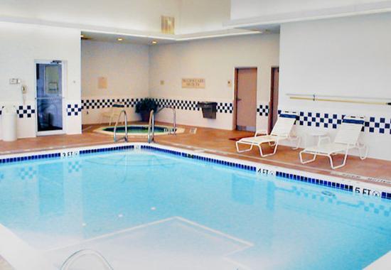 Butler, Пенсильвания: Indoor Pool