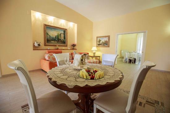 Comoda suite per un romantico soggiorno - Picture of Dimora Romita ...
