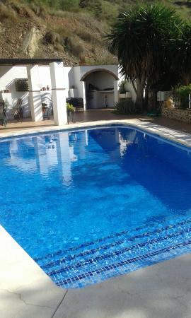 Alora, Hiszpania: Zwembad