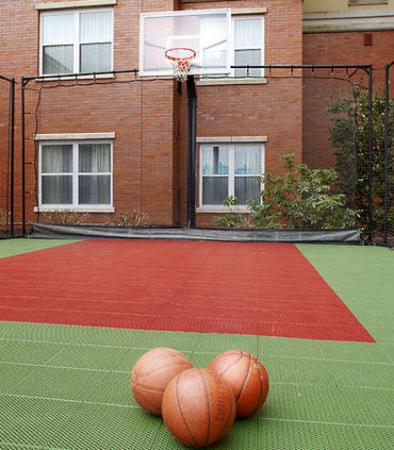 East Rutherford, NJ: Sport Court