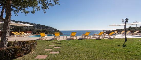 Hotel Blau Mar: piscina desbordante
