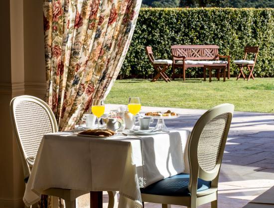 Hotel Blau Mar: desayuno en la terraza