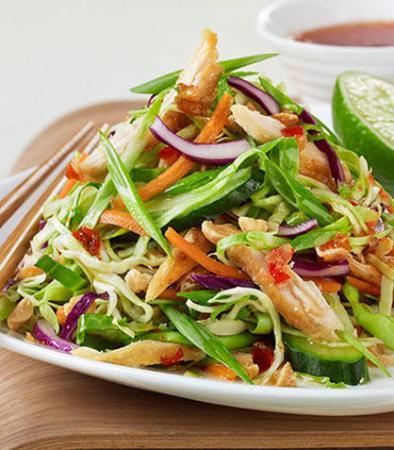 San Bruno, Califórnia: Asian Chicken Salad