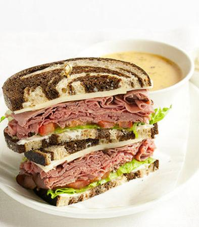 Larkspur, CA: Roast Beef and Havarti Sandwich