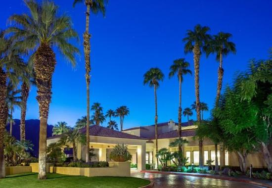 Photo of Courtyard Palm Springs